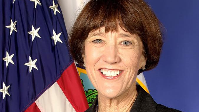 Photo of Dr. Libby Doggett