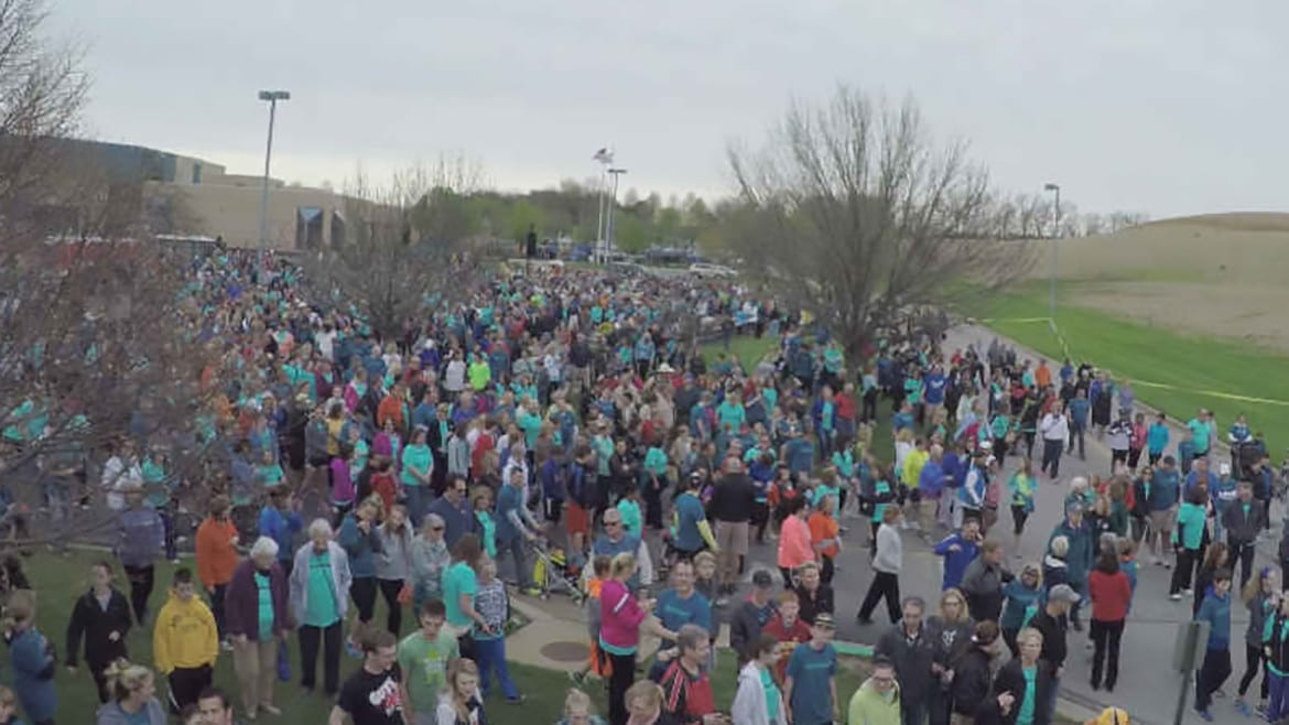 Overhead view of marchers.