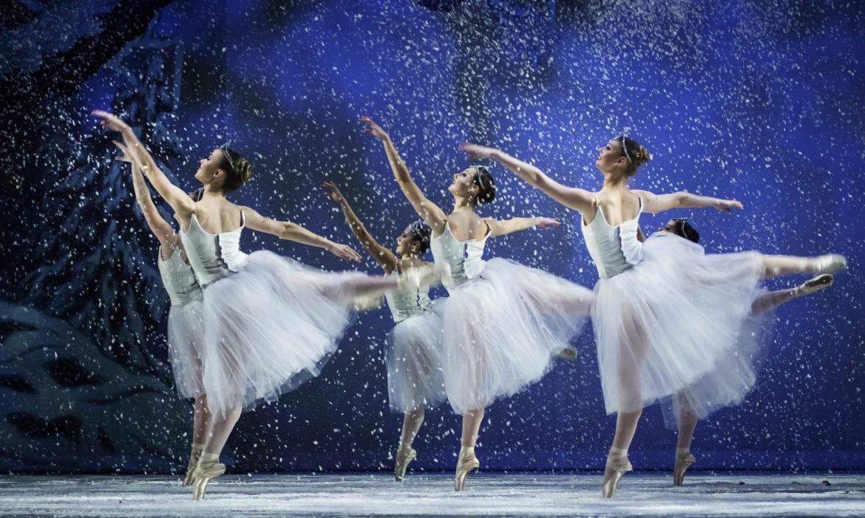 Ballerinas on stage.