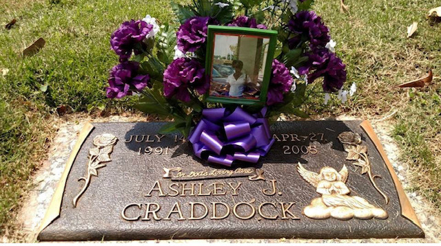 Photo of Ashley Craddock's grave