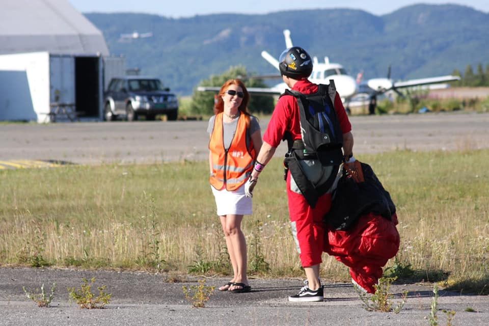 Stacy and Jan Welkom share a love of skydiving.