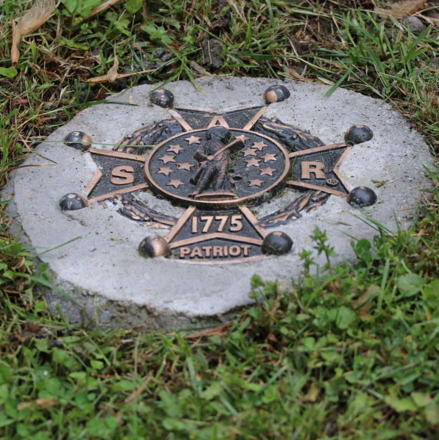 Patriot grave marker