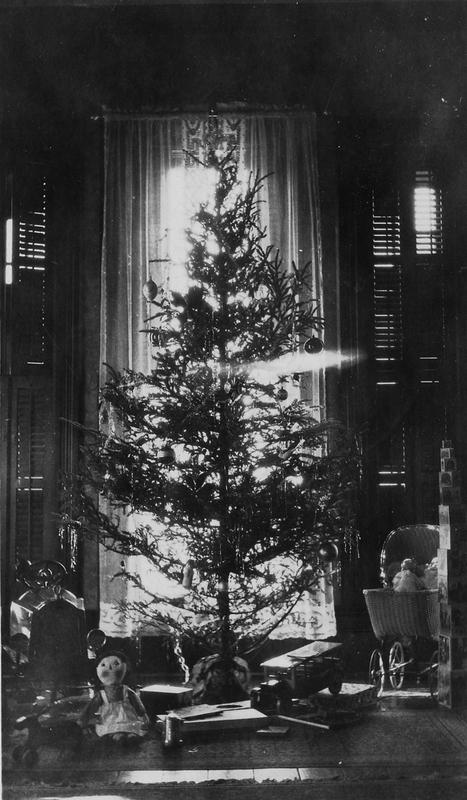 Truman family Christmas tree