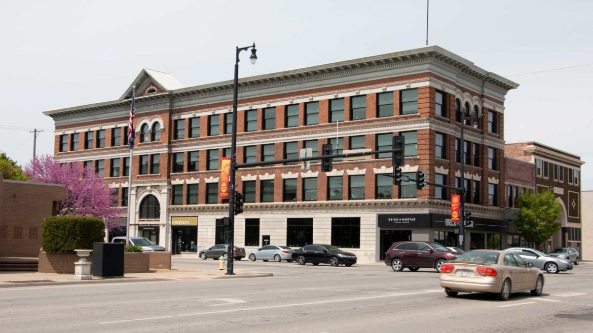 The Brick and Mortar Social House is one of the main attractions in Pittsburg's downtown area.