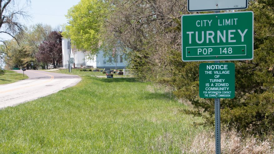 The population sign at the edge of Turney, Missouri. The village will be the focus of a new experiment testing rural broadband expansion technology.