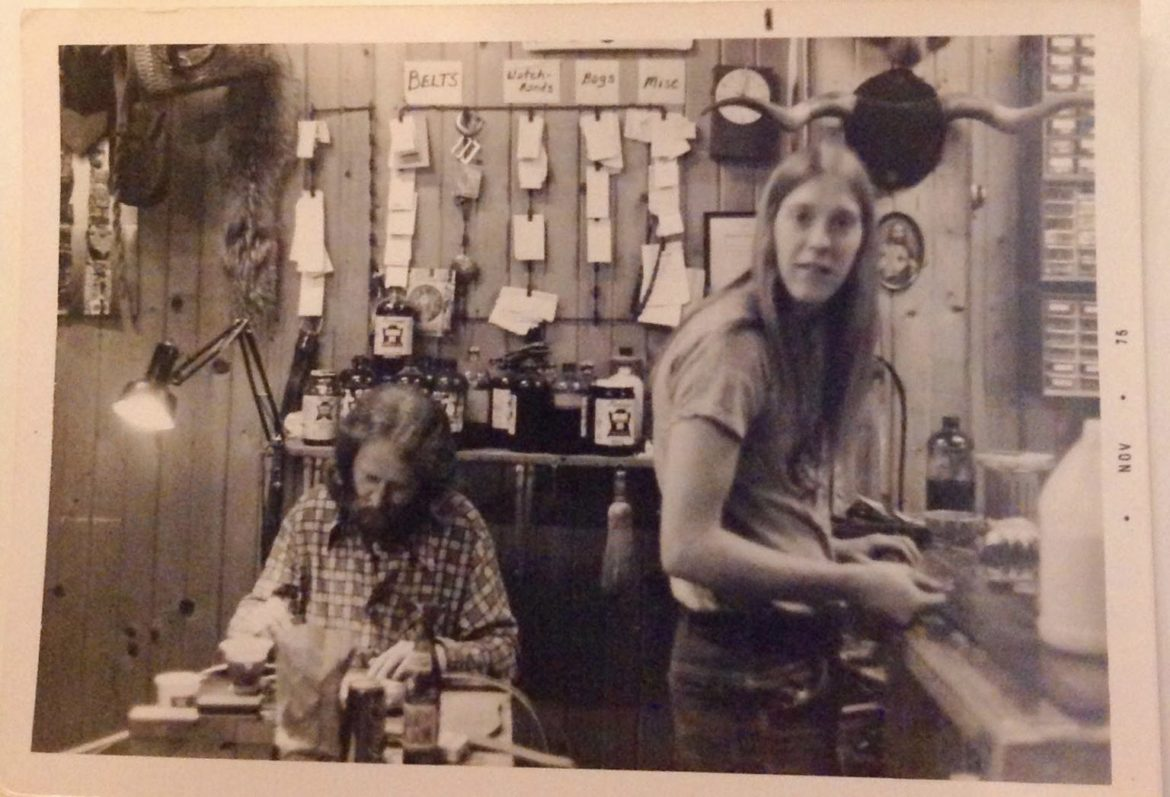 """Bill Manning (right) at work at a """"headshop"""" in Illinois."""