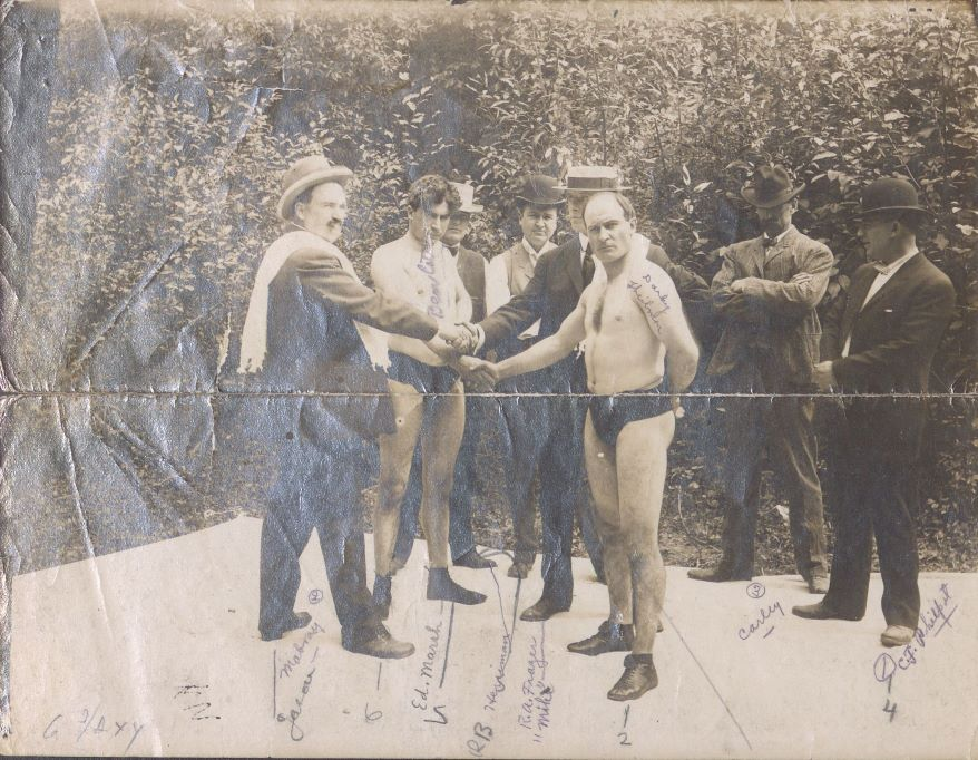 John C. Mabray (left) served time in Leavenworth federal penitentiary after being found guilty of mail fraud in 1910. He had helped lead a confidence gang that used fake sporting events, such as crooked boxing matches, to swindle as much as $5 million from dupes in several states across the Midwest, including Missouri.